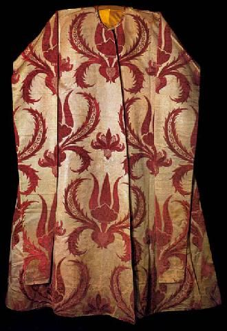 Ceremonial caftan with long sleeves associated with Soliman the Magnificent (1520-66),