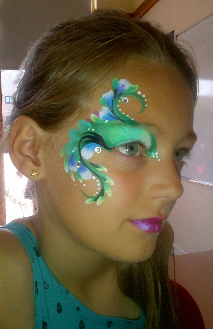 august - green swirl - brierley thorpe face art