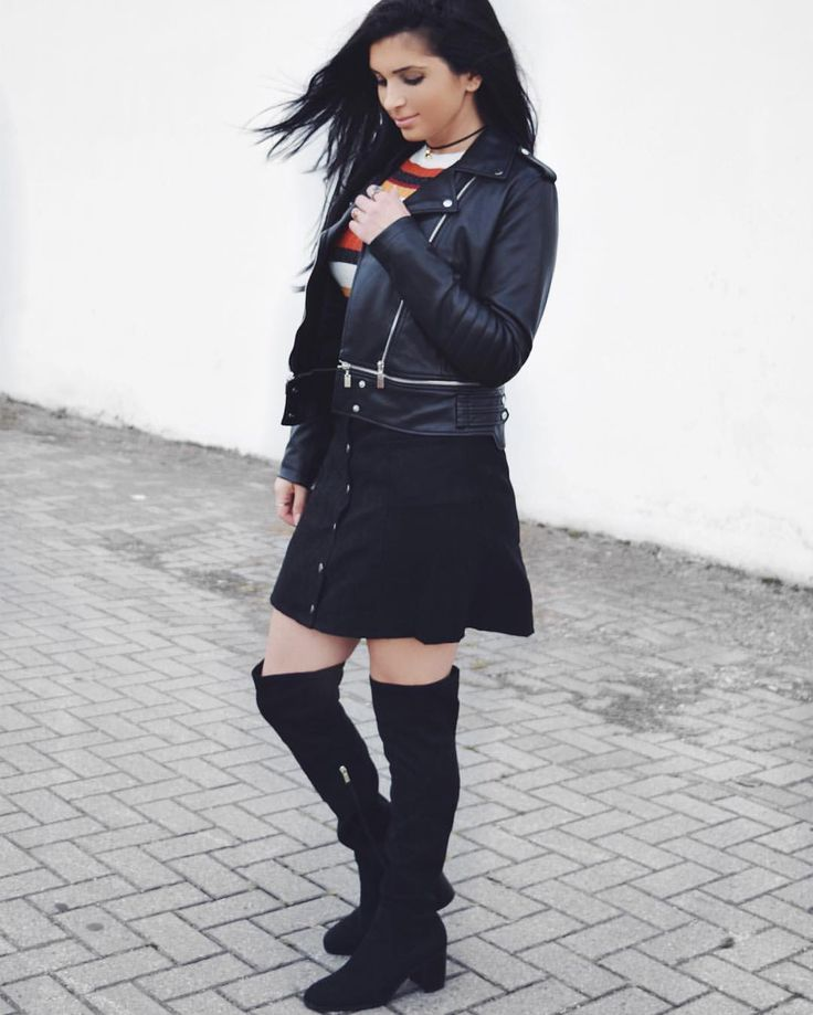 Fall Fashion 2016 * streetfashion * 90s vibe look * daily outfit * overknees and leather jacket Zara * striped shirt * choker * fashionblog  Sieh dir dieses Instagram-Foto von @confashiontime an • Gefällt 371 Mal