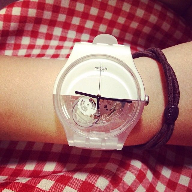 #Swatch UNDERWATERFeelings Nostalgic, Yuqianlin 林雨茜Lili, Swatches Underwater, Instagram Photos