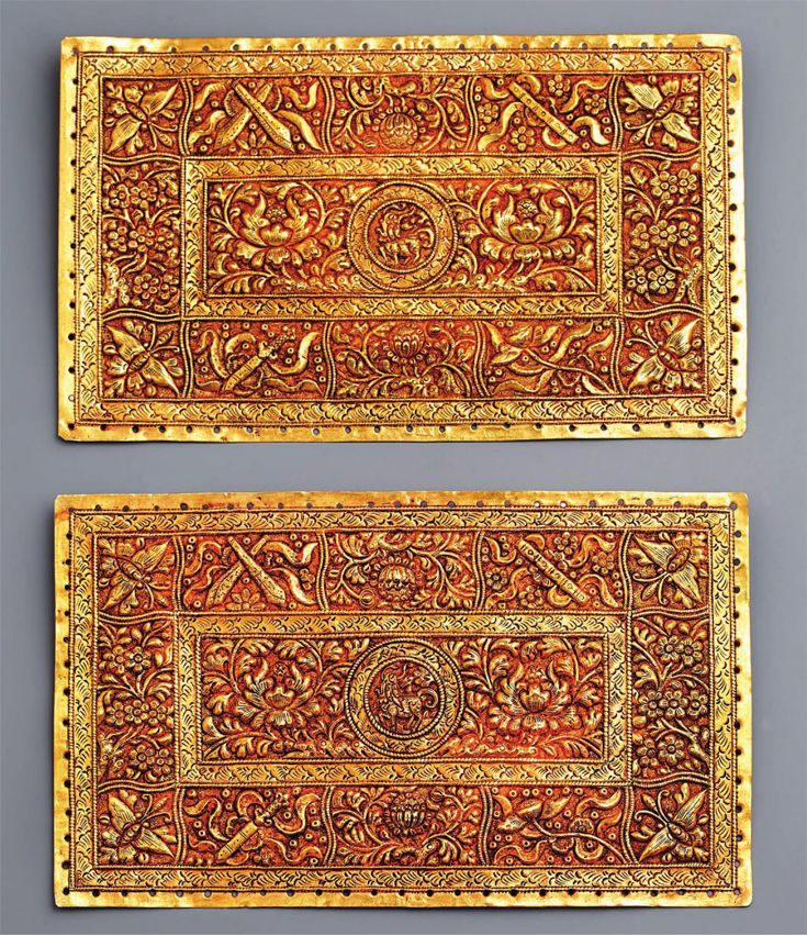Indonesia ~ Palembang, Sumatra | Pillow ends ~ kepala bantal ~ gold | 19th century || Source: 'Gold Jewellery of the Indonesian Archipelago'; pg 345