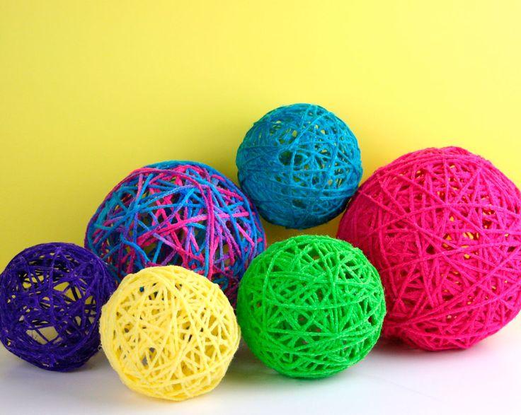 yarn globes   fiskars   crafting  home decor