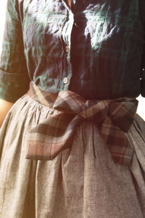 .natural linen skirt with plaid tie and black watch shirt