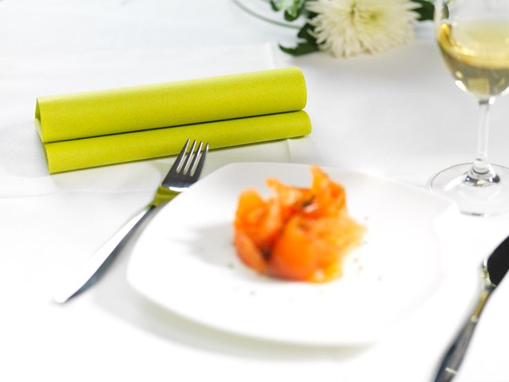 Inspiration for restaurants, decoration, table setting, colorful, inspring range of colours, enjoyable moments, mood makers. When you want everything to be just right. Dinner napkin.