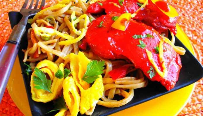 Surinaams eten – Bami Speciaal (bami met spareribs)