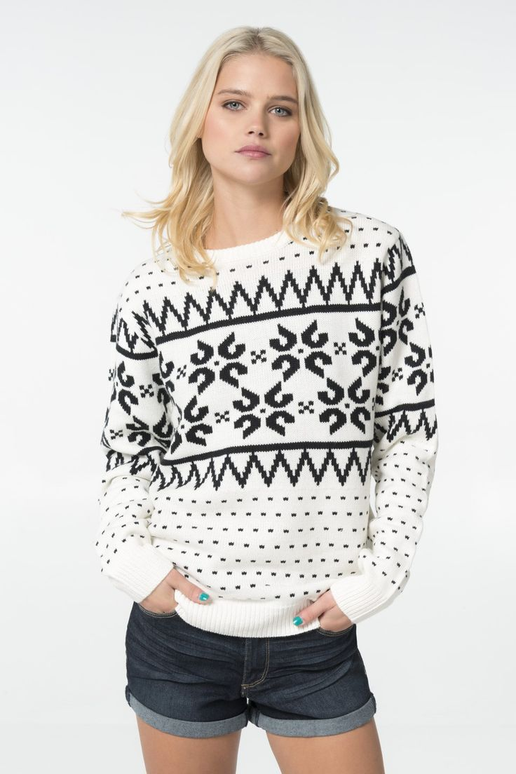Black & white print knit sweater