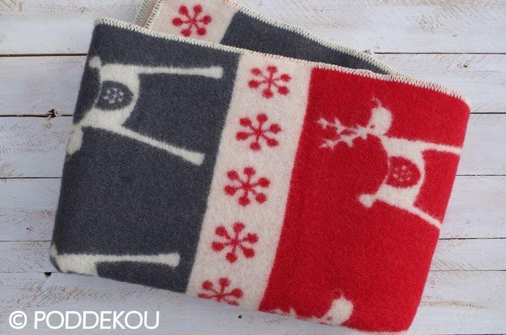 Vianočná vlnená deka – červená | PODDEKOU