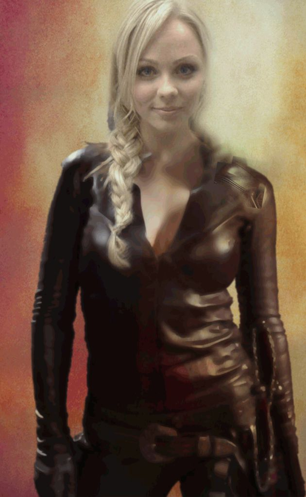 V S Laura Vandervoort Manip As A Legend Of The Seeker Mord