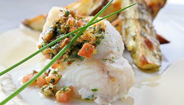 Steinbit fylt med blåskjell, tomat og urter - Godfisk