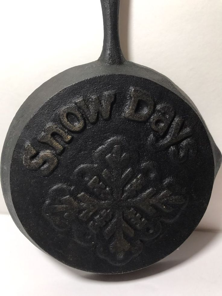 Snow Days Mini Cast Iron Skillet Wall Hanger/Spoonrest | Collectibles, Kitchen & Home, Kitchenware | eBay!