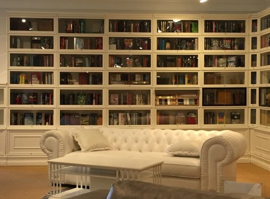 Lawyer's book cases from Boknas, sofa by Design NS. As seen at HP Market Sp '16.