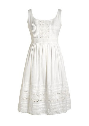 Summer dress- great for that beach vacation. Could dress up with wedges and statement jewelry.