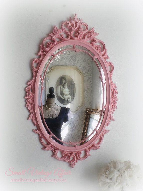 O V A L espejo Chic Shabby Lacey país por smallVintageAffair