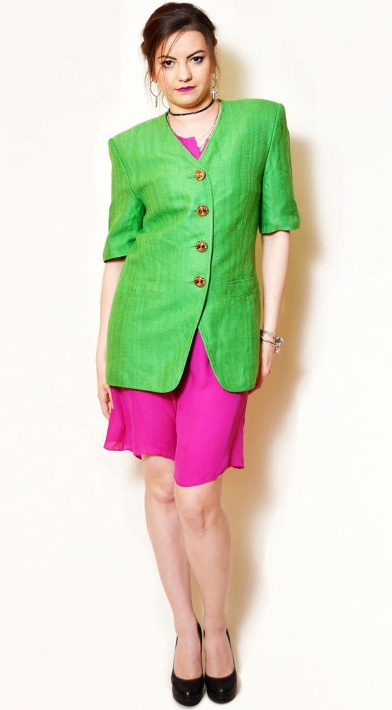 https://www.etsy.com/listing/521312093/green-jacket-vintage-mod-woman-square?ref=shop_home_active_51