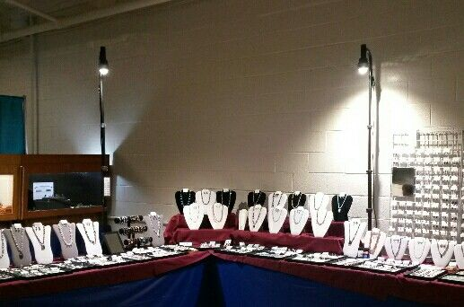 For craft show booth lights and for Battery operated lights for craft booth