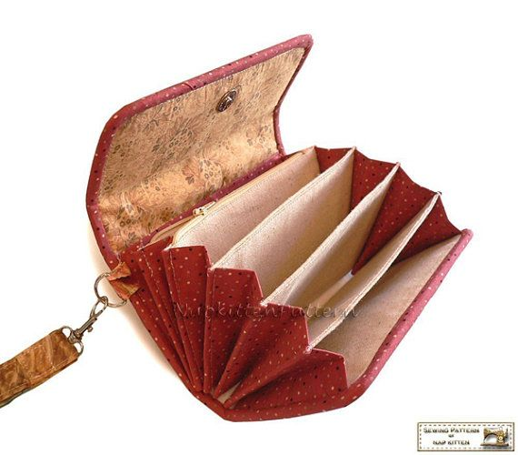 good way to do accoridian pockets Accordion wallet/clutch sewing pattern -- PDF file -- Email delivery download in email