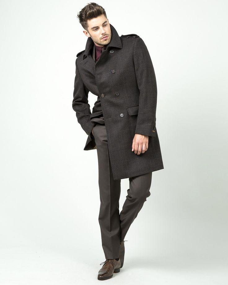 Manteau sur mesure croisé à motif prince de galles fondu, drap de laine chocolat, 2 poches plaquées à rabats, 805€