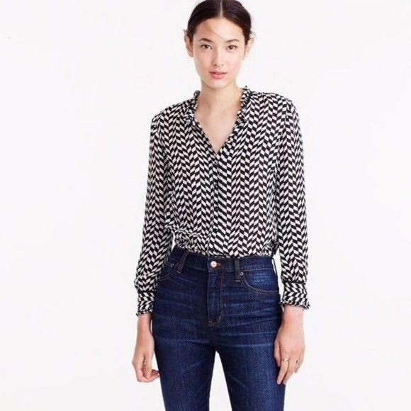 c4401ed363793 J. Crew Women Shirt Silk Button-Up in geometric houndstooth 6  JCREW  Blouse