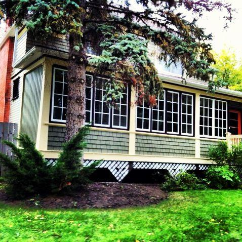 Front windows in veranda, complete. http://www.mavbuild.com/residential.php