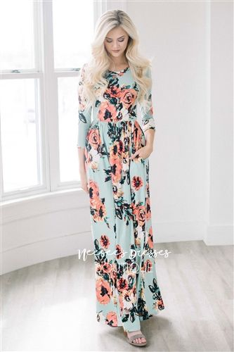 Mint Watercolor Floral Maxi Dress! This dress is so soft, has pockets and is perfect for Easter