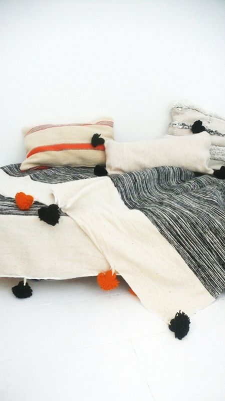 Moroccan POM POM Cotton Blanket - Stripes Black and pompom Black