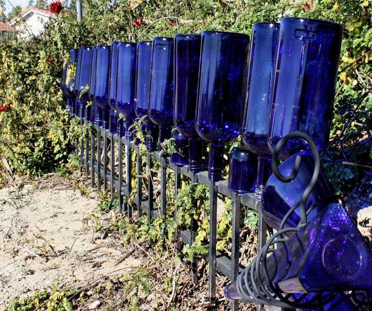 lindasewandsew's blue bottle fence