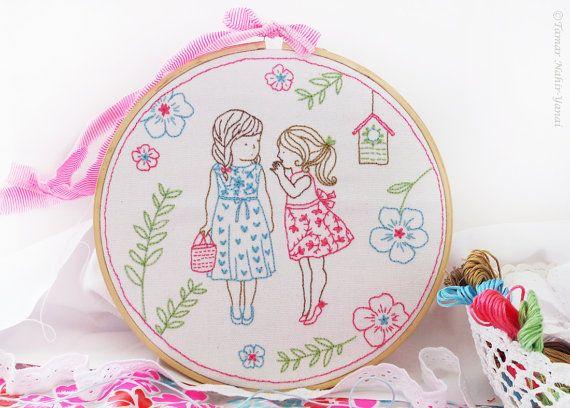 Baby Kinderzimmer Ideen, Weihnachtsideen, Stickerei-Kit – 2 Mädchen und ein Geheimnis – Handwerk zu machen, Mädchen Kinderzimmer Wanddekor, Stickerei Kunst
