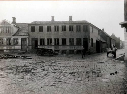 Hjørnet af Sct. Mathias Gade og Gravene 1908.