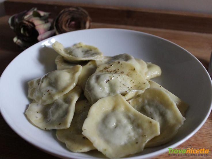 RAVIOLI CON RIPIENO DI CARCIOFI  #ricette #food #recipes