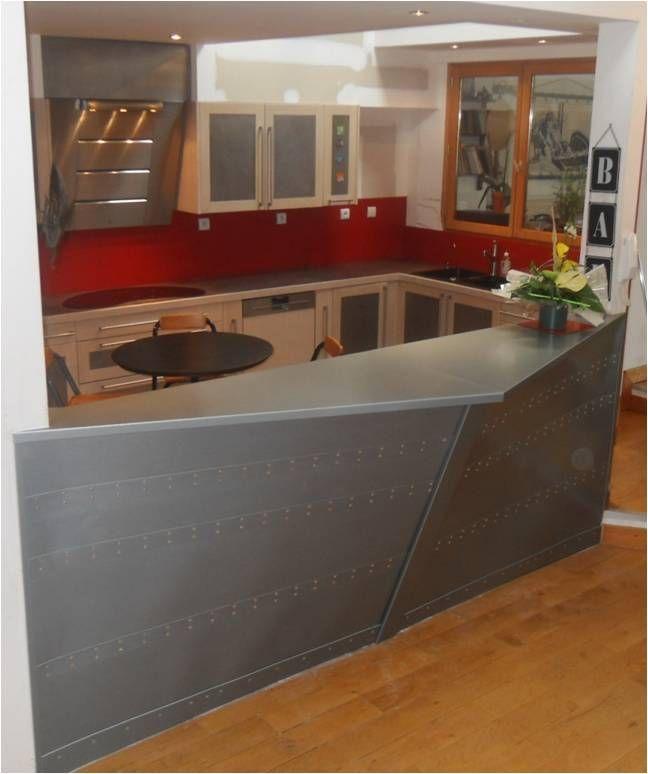 Comptoir En Zinc Interieur Avec Rivets Bar Interieur Credence Cuisine Bar