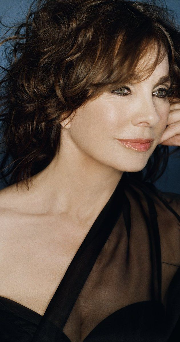 "Anne Archer, Actress: Patriot Games. Anne Archer was nominated for an Academy Award®, a Golden Globe and the British (BAFTA) Academy Award for her role as Michael Douglas' sympathetic, tortured wife, ""Beth Gallagher"", in Adrian Lyne's 1987 thriller Fatal Attraction (1987). Archer is also well-known for her poignant Golden Globe-winning performance in the ensemble cast of Robert Altman's Short Cuts (1993) and for playing CIA agent ..."