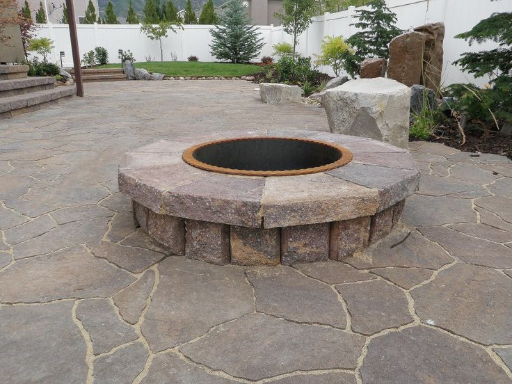 i like the lower profile and the larger top stone blocks stone patio designsstone - Stone Patio Designs With Fire Pit