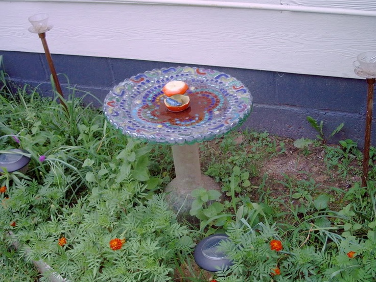 11 best images about repurpose sat dish on pinterest for Garden art from old dishes