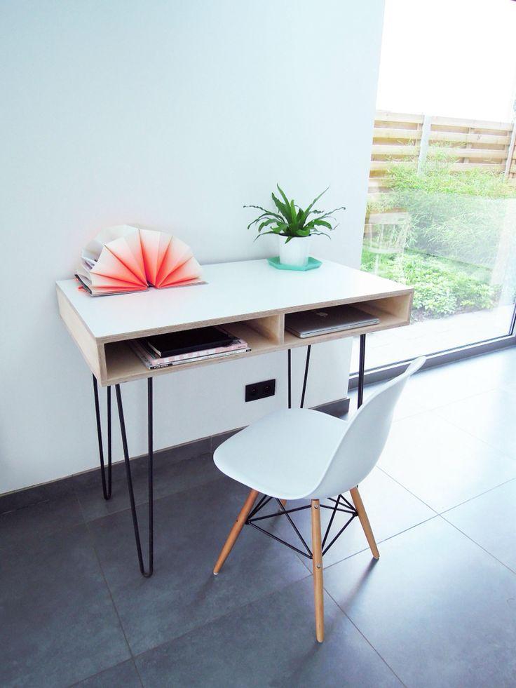 """Desk 'Altocumulus' by Hannemans   Nieuwe Collectie """"in de wolken""""  Materiaal: berken multiplex, laminaat, metalen onderstel  Afmetingen: B:105cm H:87cm D:60cm"""