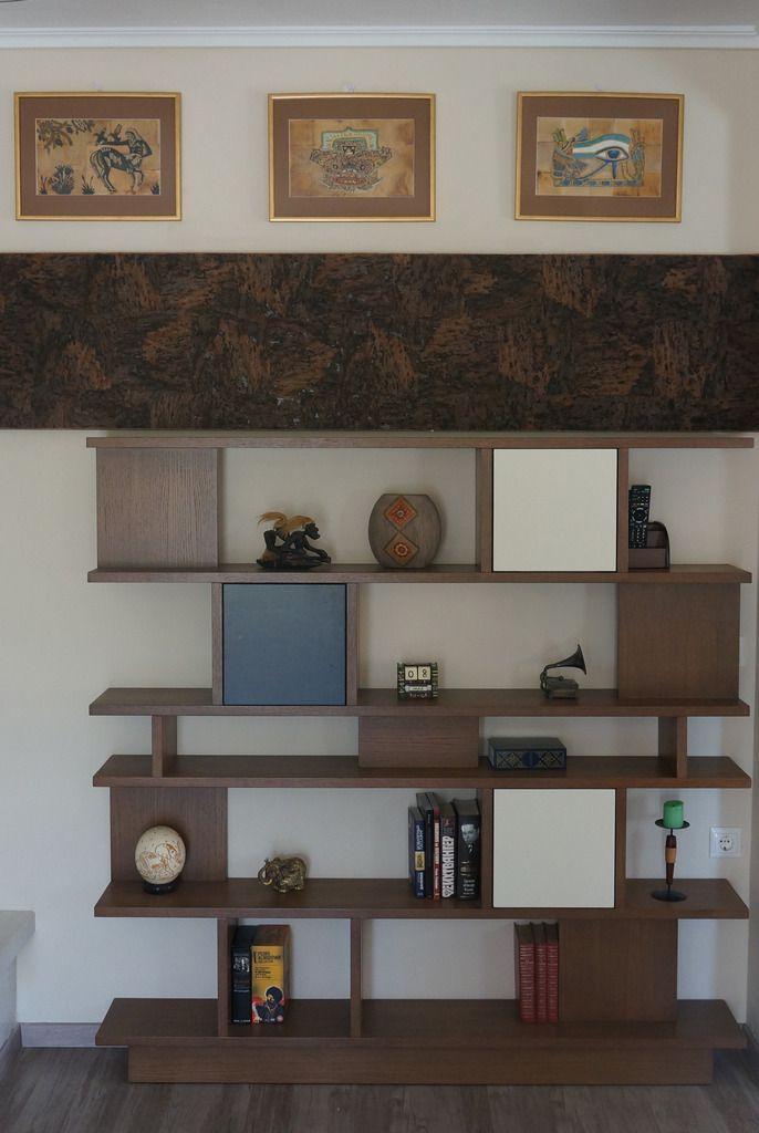 I design this shelf myself. Yul tzimka