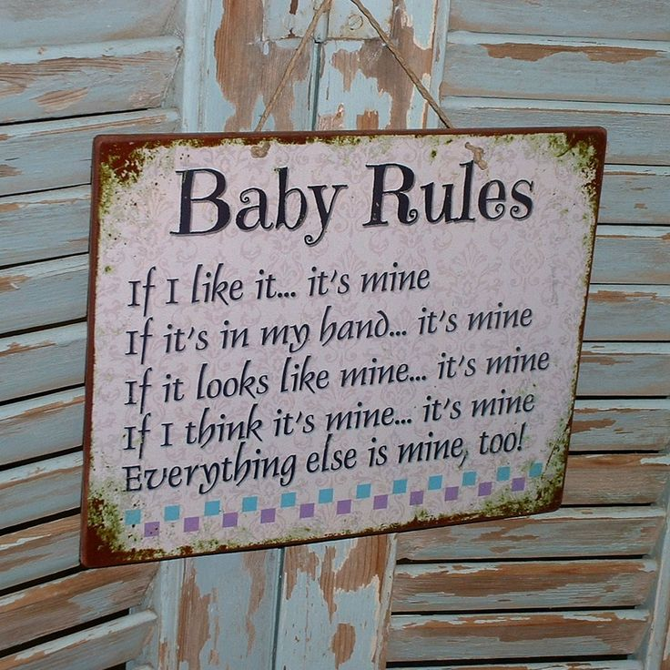 Baby rules! Vintage sign made of MDF wood. You can hang it on your wall, door, cupboard or anywhere else. Dimesnions 24,5x19,5 cm and 0,4 cm thick.