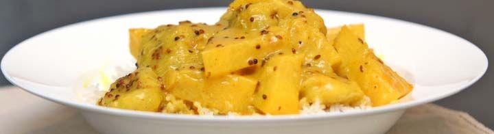Ανανάς με κάρυ και γάλα καρύδαςΥλικά:Συνταγή για 2 μερίδες-1 μεσαίου μεγέθους…