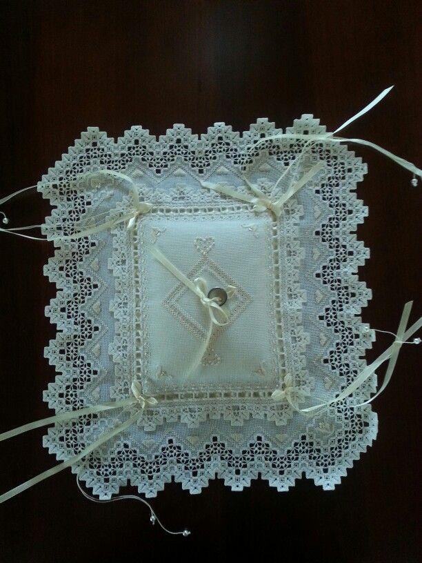 Almohadita para anillos de la boda de mi hija.