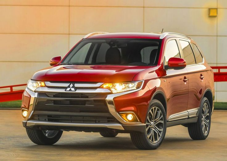 #Mitsubishi #Outlander has arrived in #NewYork with more angular headlights http://www.engines4sale.co.uk/blog/category/mitsubishi/