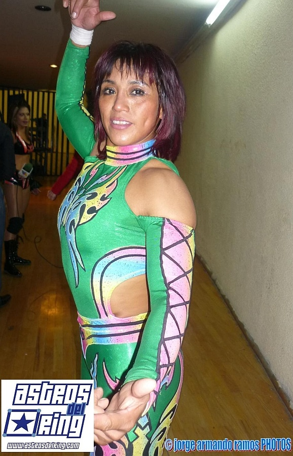 Mexican Female Wrestler Marcela: Female Pro, Mexicans Female, Wrestlers Marcela, Female Wrestlers, Wrestling Divas, Tough Women, Mexicans Pro, Pro Wrestlers, Women Wrestlers