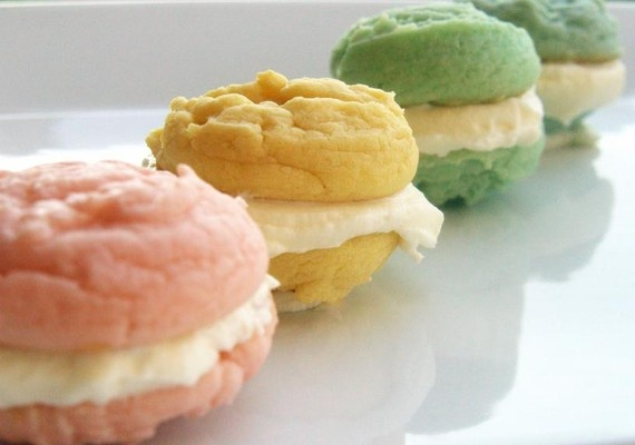 pastel pretty butter creme cookie-wiches