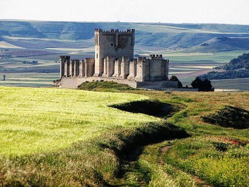 Medievalina ActM - Google+ - Castillo de Peñafiel, Valladolid [Spain]