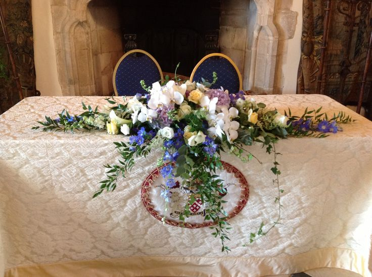Long and low arrangement for ceremony