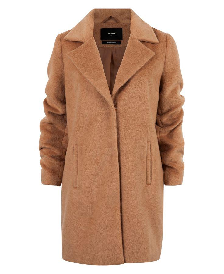 Petra coat 699,- 69,96€, week 38