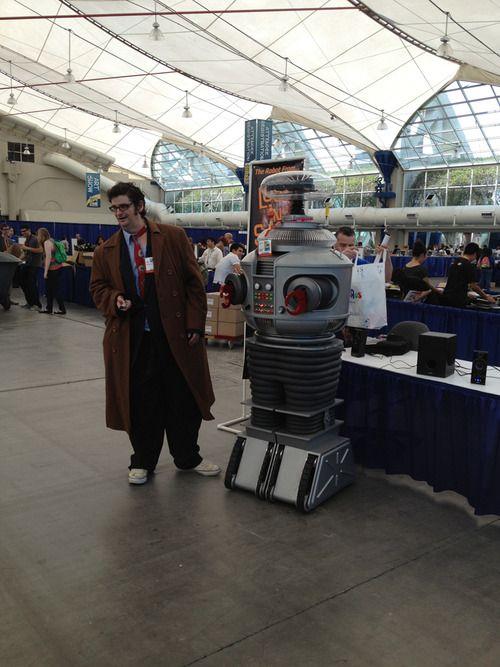 Robot will destroy geek: Science Fictioni, Destroyer Geek