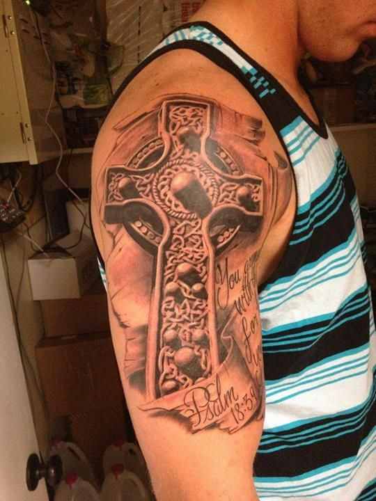 3D Celtic cross tattoo.