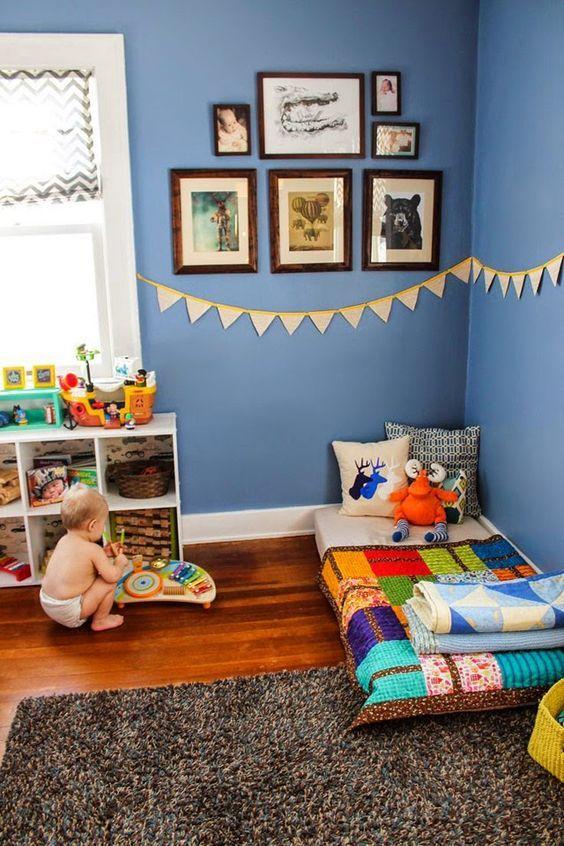 Para montar um quarto Montessoriano basta imaginar que você é uma criança e precisa fazer tudo sozinho. Tudo deve estar adaptado ao campo de visão da criança. | diaadiadalara.com.br