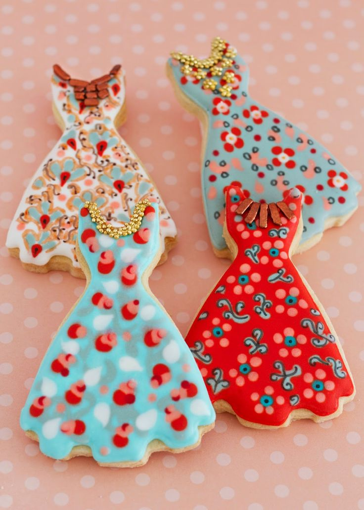 Cookie Art, Dresses | Galletas decoradas vestidos Patricia Arribálzaga