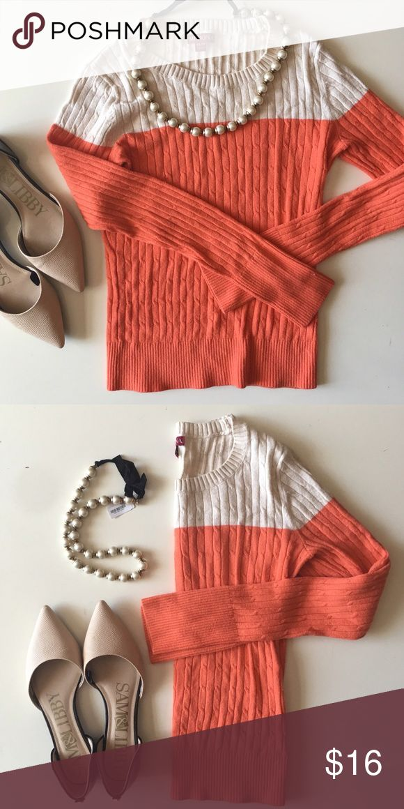 Fitted Sweater 🍊 Cream and orange fitted sweater. Merona brand ( Target ) super flattering fit. XS Merona Sweaters Crew & Scoop Necks