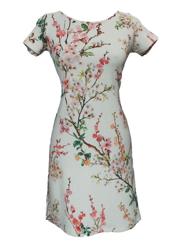 Papillon Blanc floral short sleeve petite dress. #sale